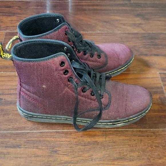 Dr.Marten Boots Size 8 Womens
